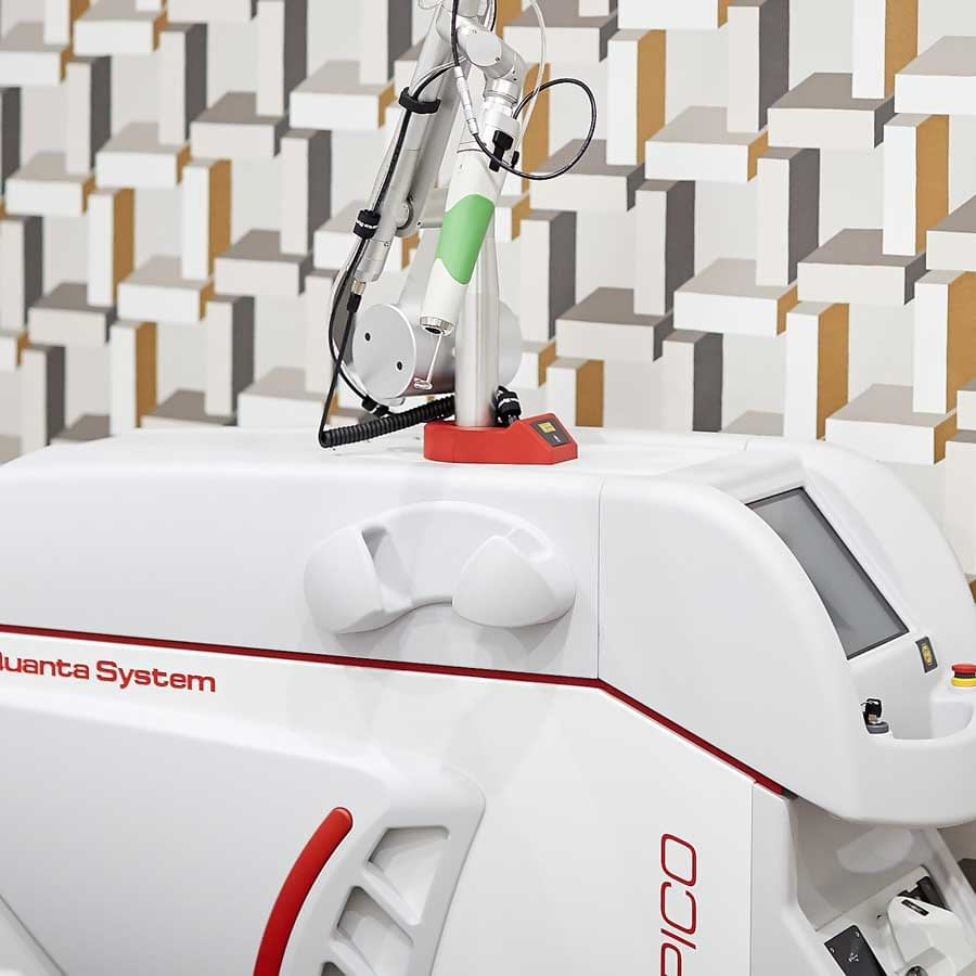 The Discovery Pico Laser tattoo removal machine at Next Level Clinic